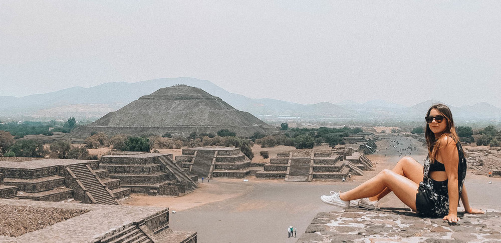 Teotihuacan pyrmaids, mexico city!