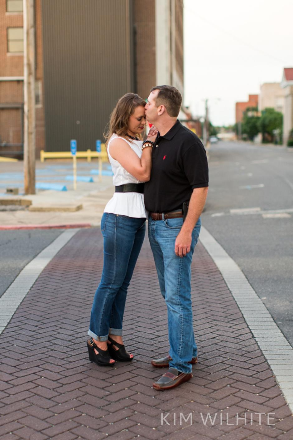 downtown-monroe-engagement-session