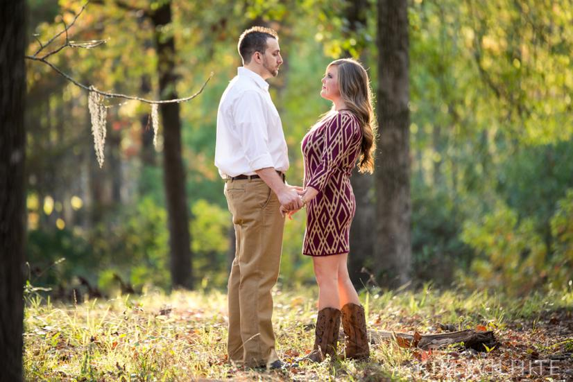 outdoor engagement pictures_0043