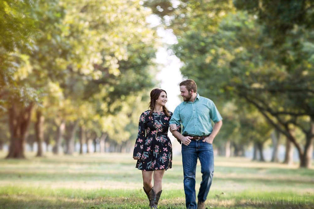 pecan-orchard-engagement-pictures-105.jpg