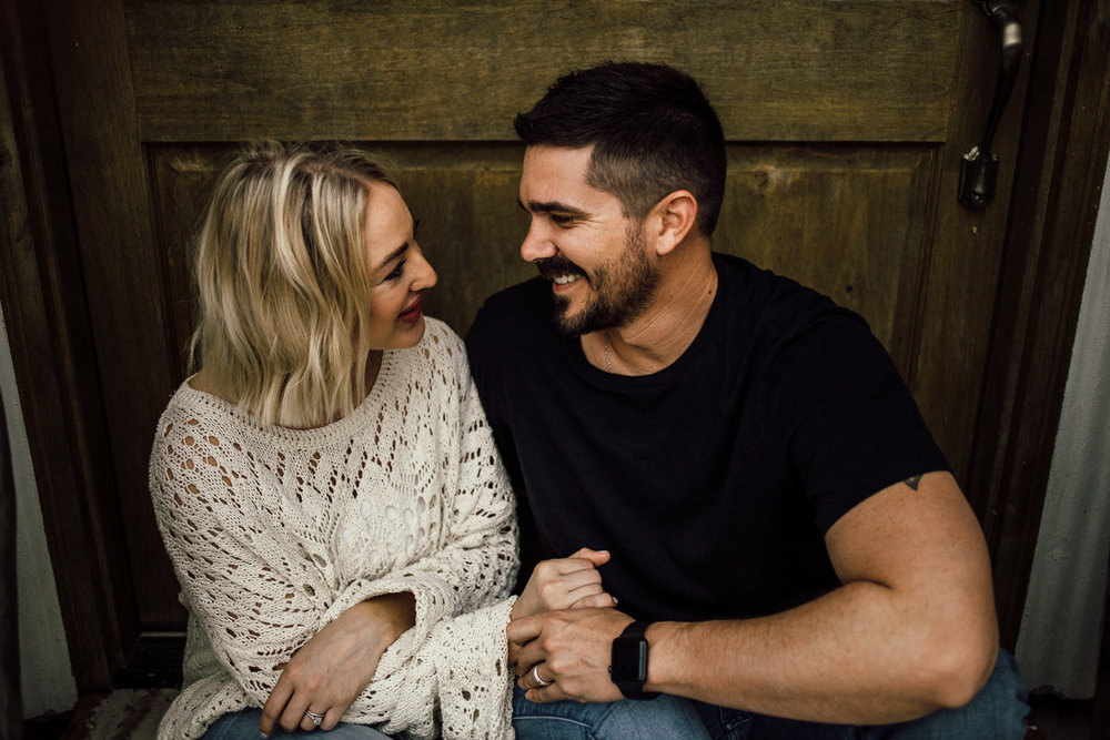intimate-at-home-couples-session