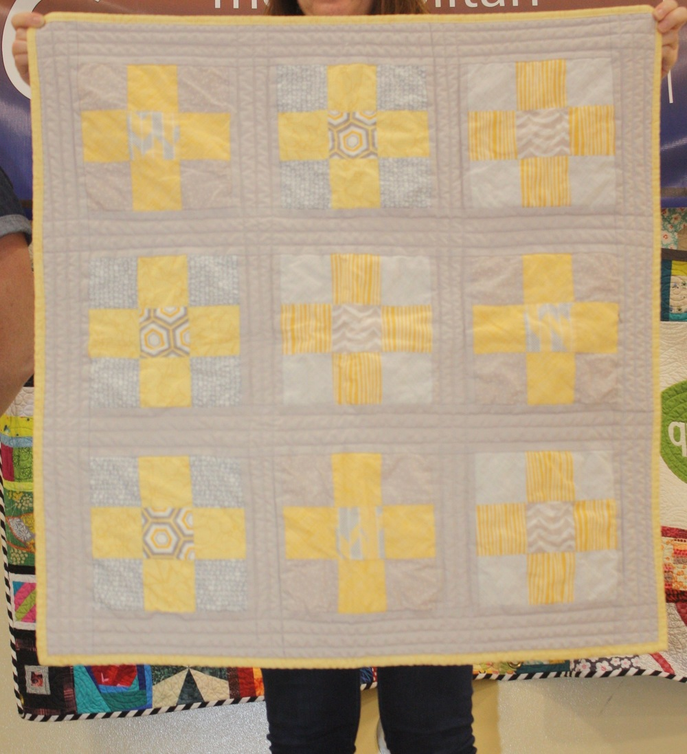 Heather Davidson  Nine Patch Baby Quilt  @heatherjoydavidson