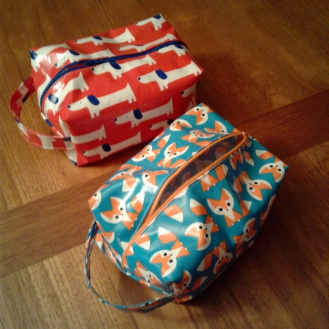 School zipper bag - For Our Current Zipper Bag Project May Through August We Ll Be Making Pencil Cases For Local Schoolchildren The Pencil Cases Will Be Distributed By