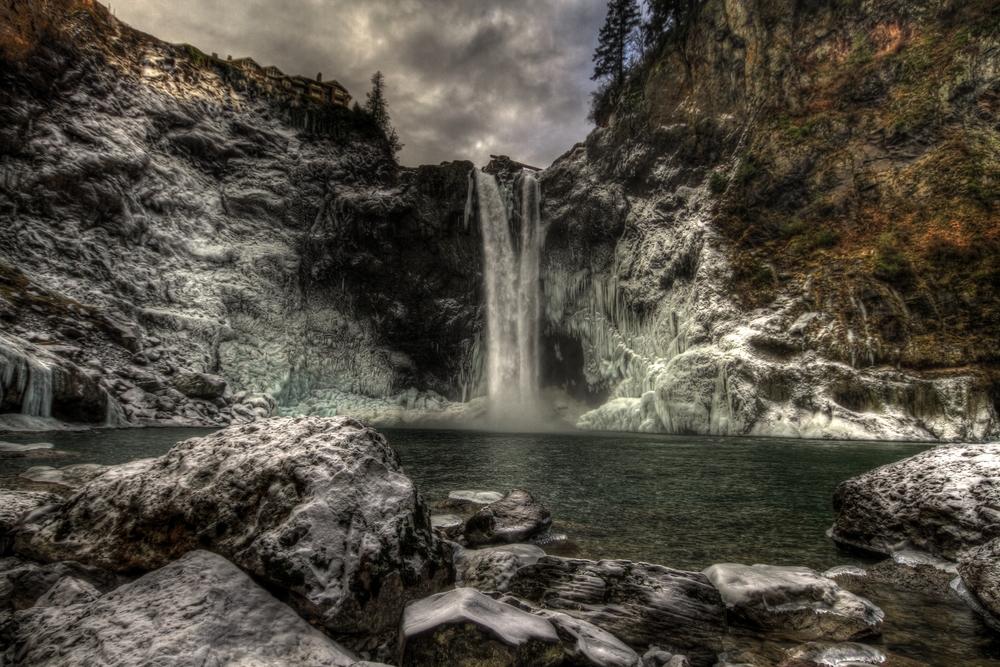 Sno Falls.jpg