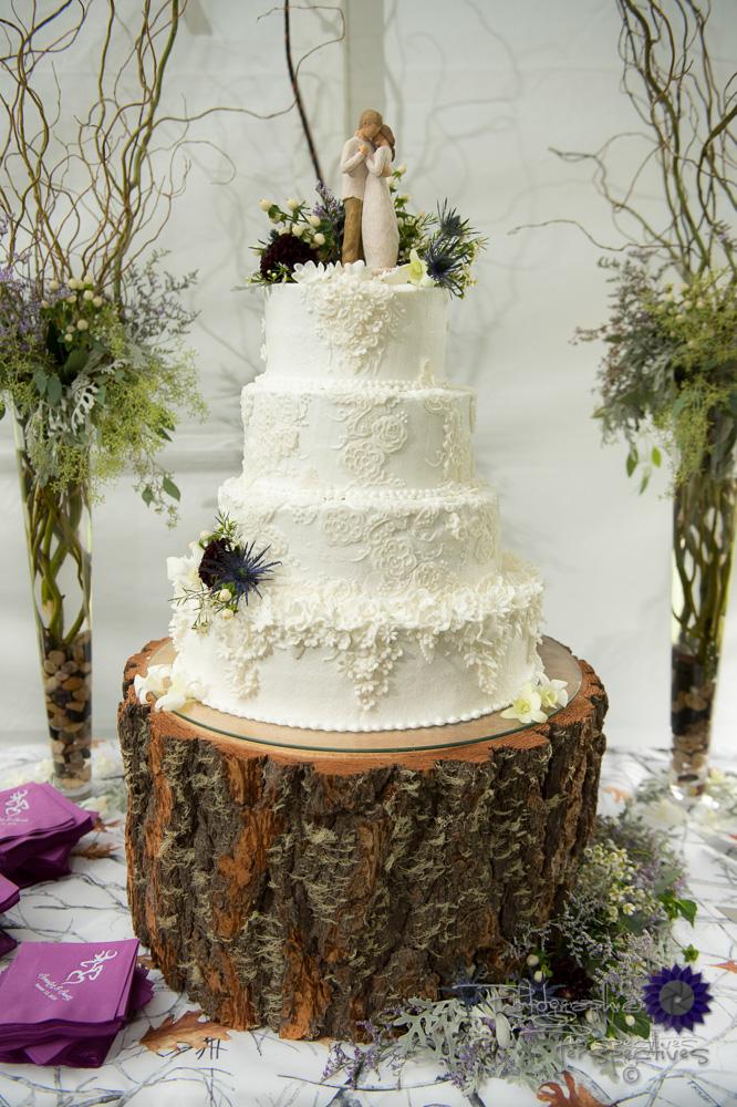 complete wedding, camo wedding, outdoor wedding, four teir weddi