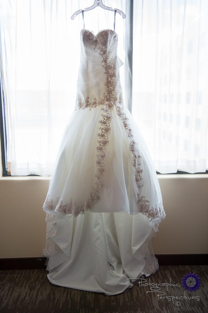 wedding details, bridal gown