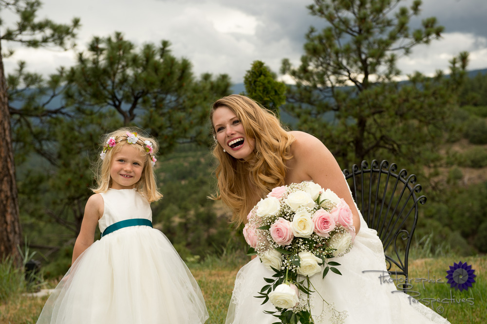bride and flower girl, outdoor wedding, moutian wedding, rose bo