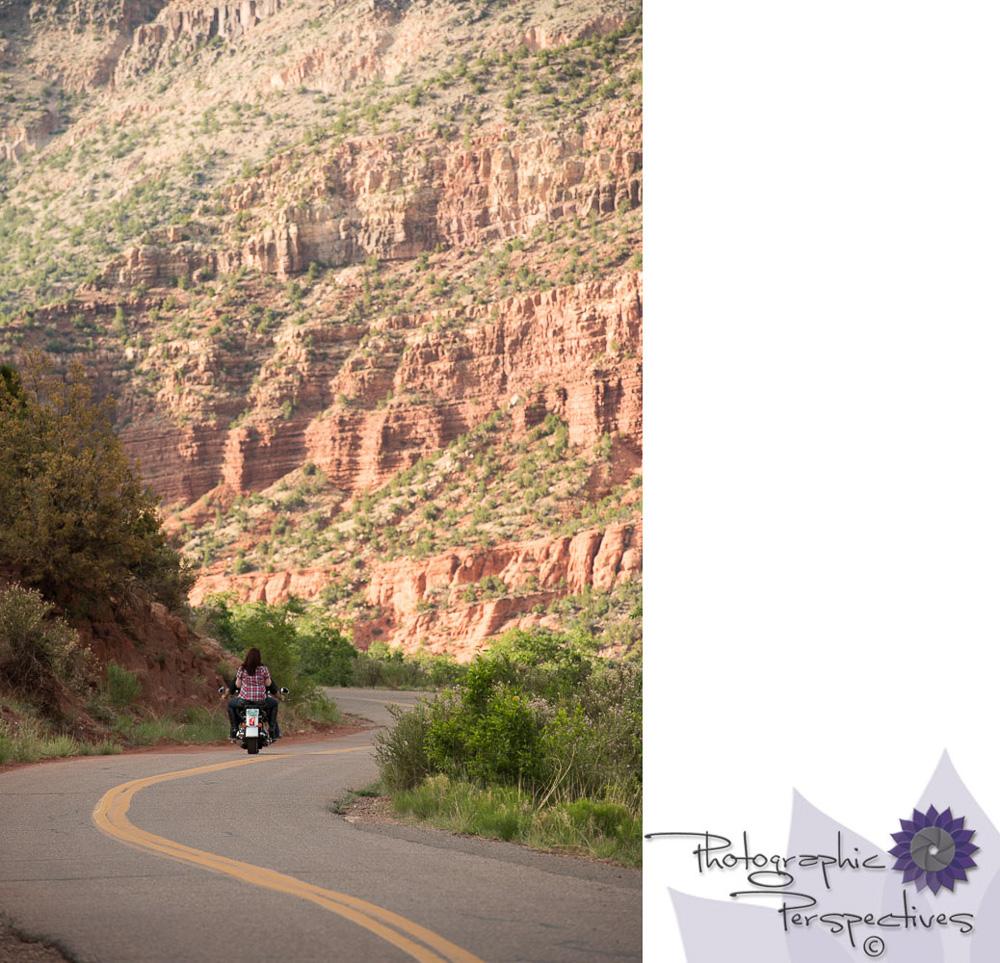 Jemez Mountians Engagement Photoshoot | Tania & Luis - Photograp