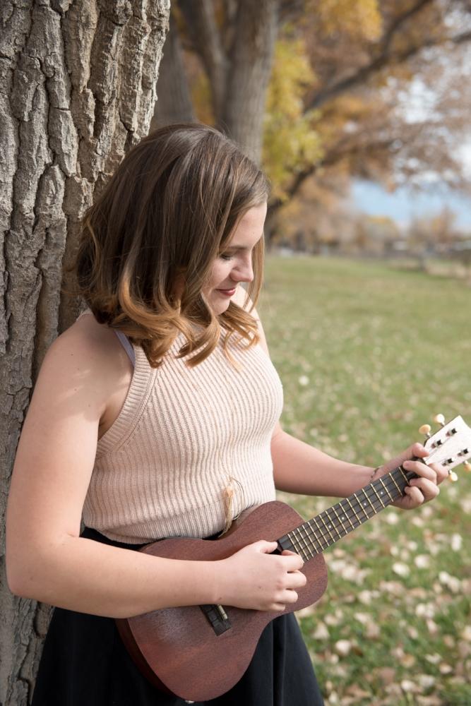 Senior Photo, Ukulele, Musical Instrament