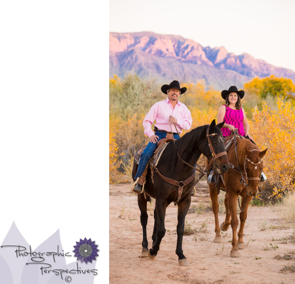 We loved our anniversary photoshoot in the Rio Grande Bosque, our couple chose to ride horseback for their sunset stole by the Rio Grande.