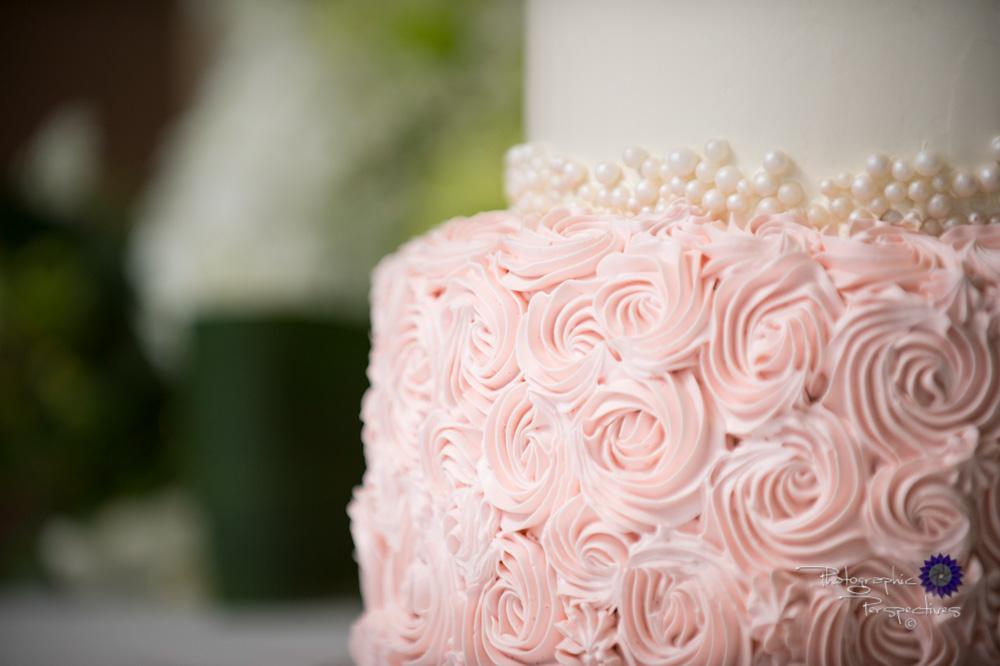 Albuquerque Wedding Photographers | Isleta Resort and Casino | Wedding Cake photo.jpg