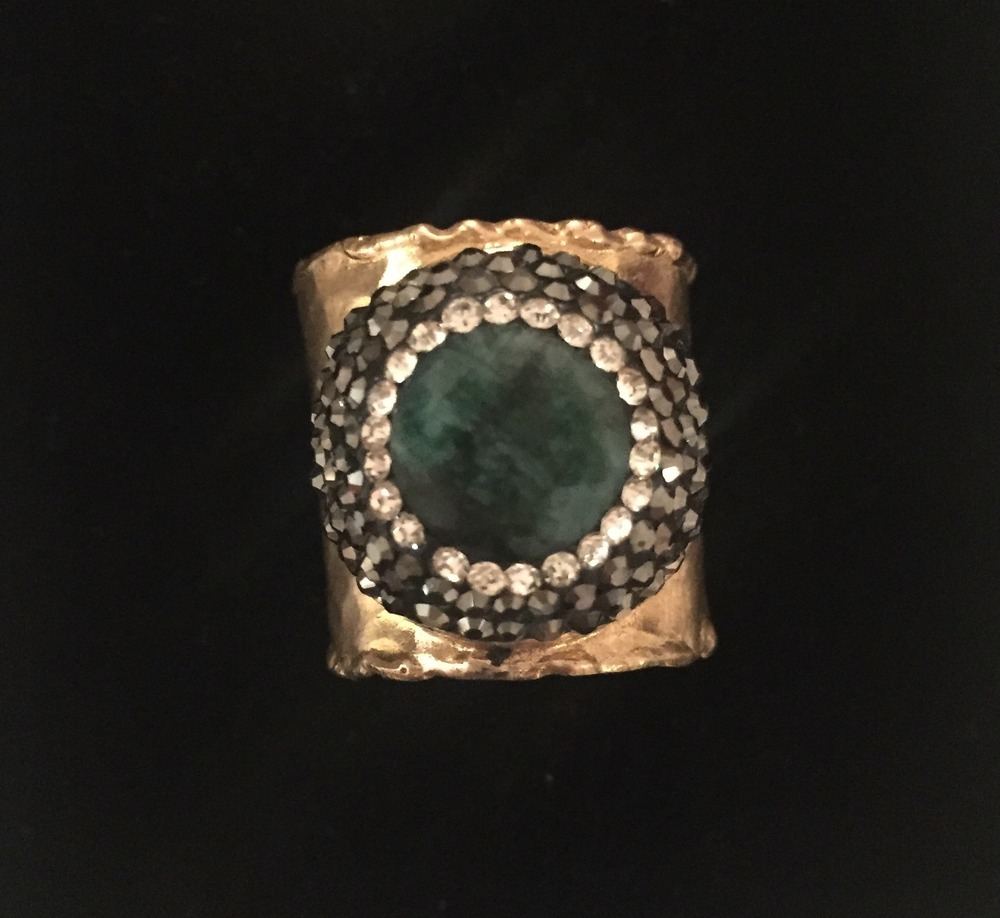 (5) Ring Emerald.JPG