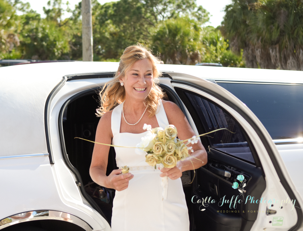Beach wedding in Venice florida - carlla juffo photography - Srasota Photographer-6-2.jpg