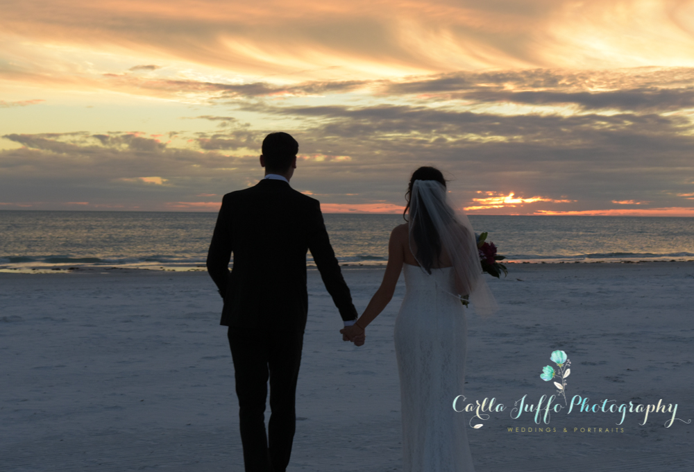 Sunset weddings on Siesta key Beach
