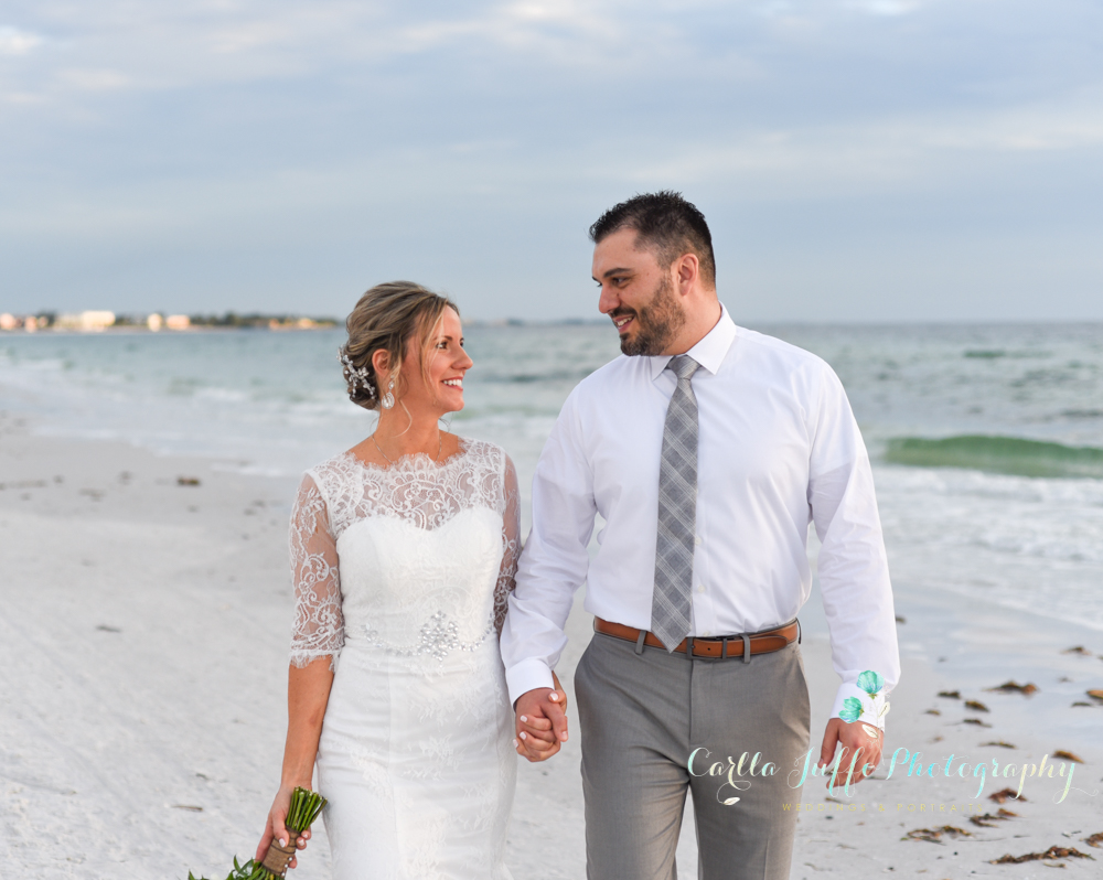 Beach Weddings on Siesta Keyr - Carlla Juffo Photography-24.jpg