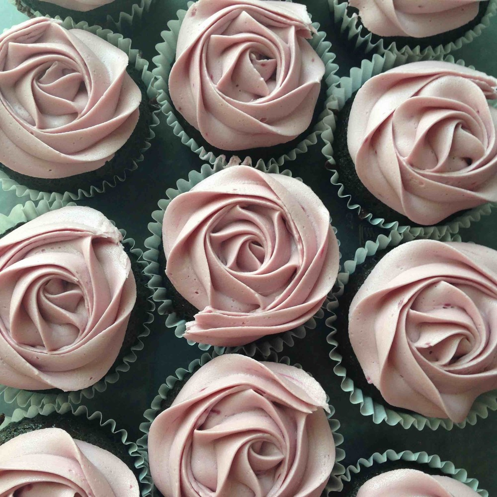 rose cupcake best red wine.jpg