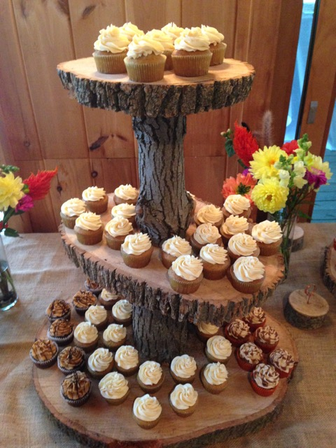 wedding cupcakes tree.jpg