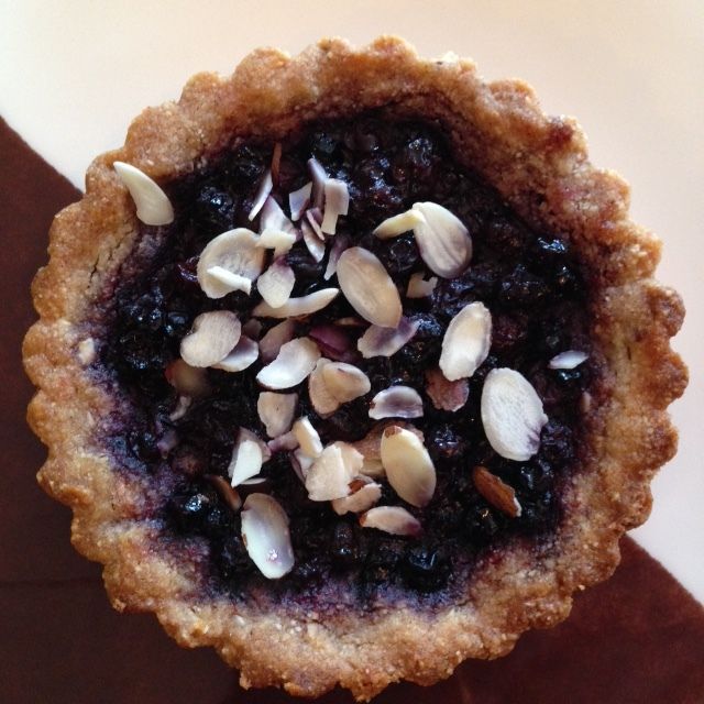 Blueberry Almond Tart (v) (gf)