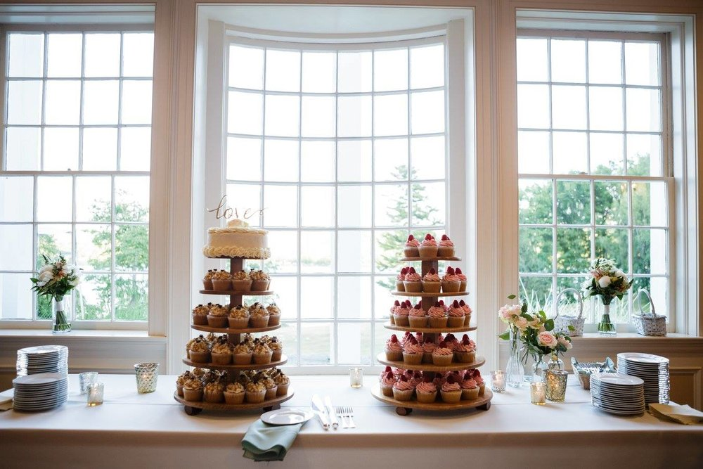 wedding cupcakes cake tree.jpg