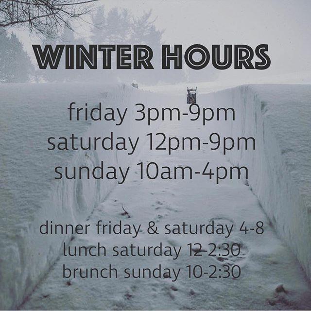 Winter hours #livemusicfridays #sundaybrunch #darkdays #hibernating #betterfillyourgrowler