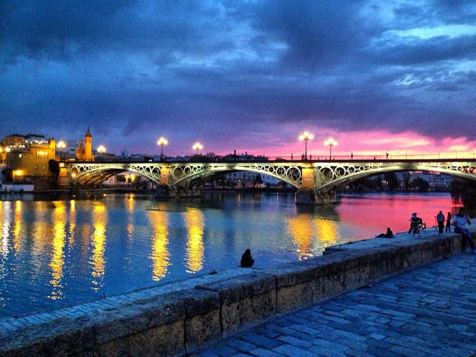 The Puente de Triana and the Río Guadalquivir at sunset