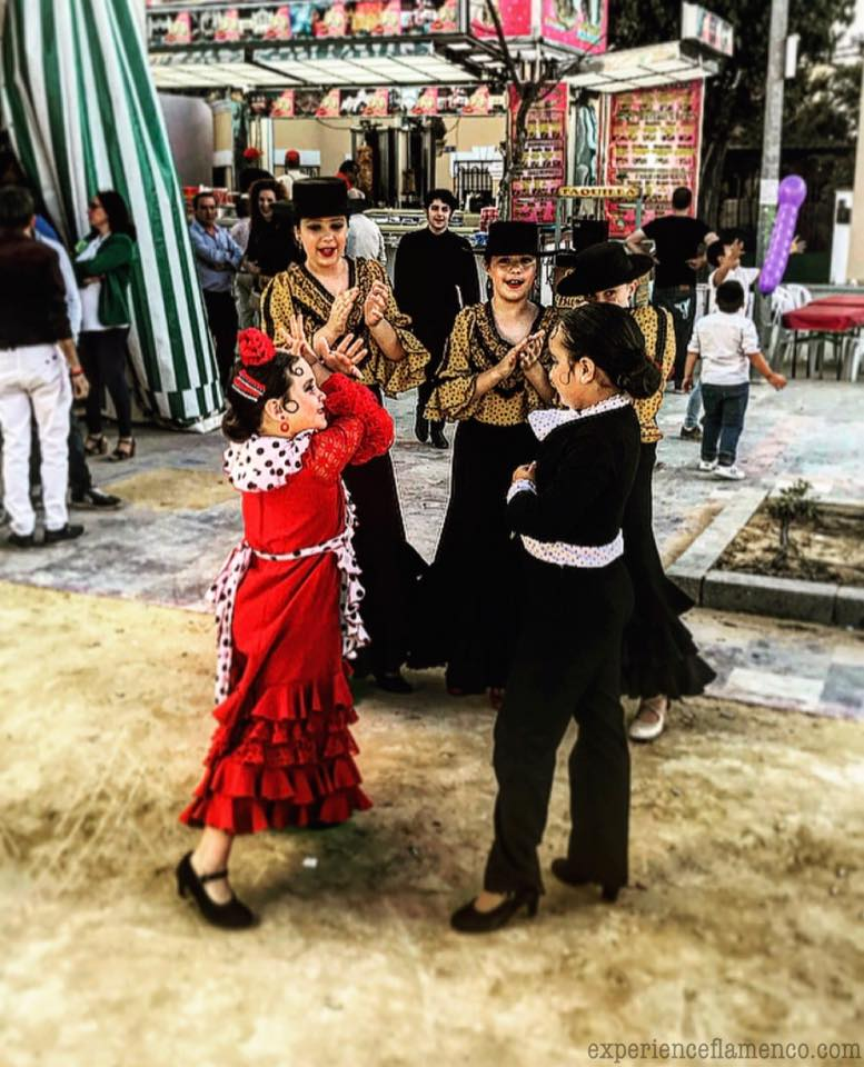 Kids dancing flamenco at the feria