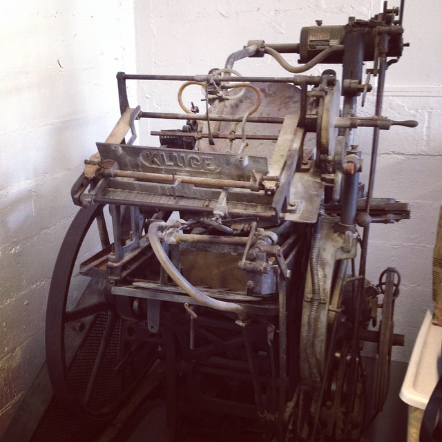 I don't even know where to start with this guy. To remove the feeder or to keep the feeder? That's the real question. #chandlerandprice #letterpress #kluge #isprojects #nocturnalpress