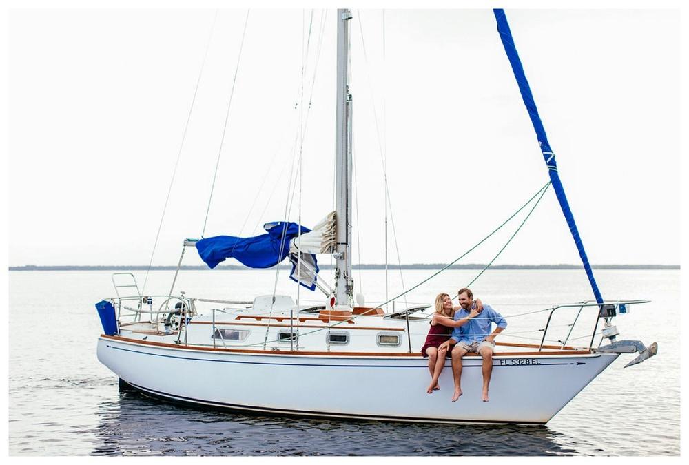 christinakarstphotography_sailboatengagementphotos_ejboomer-136.jpg