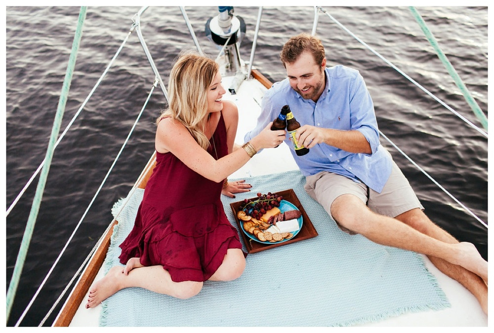 christinakarstphotography_sailboatengagementphotos_ejboomer-153.jpg