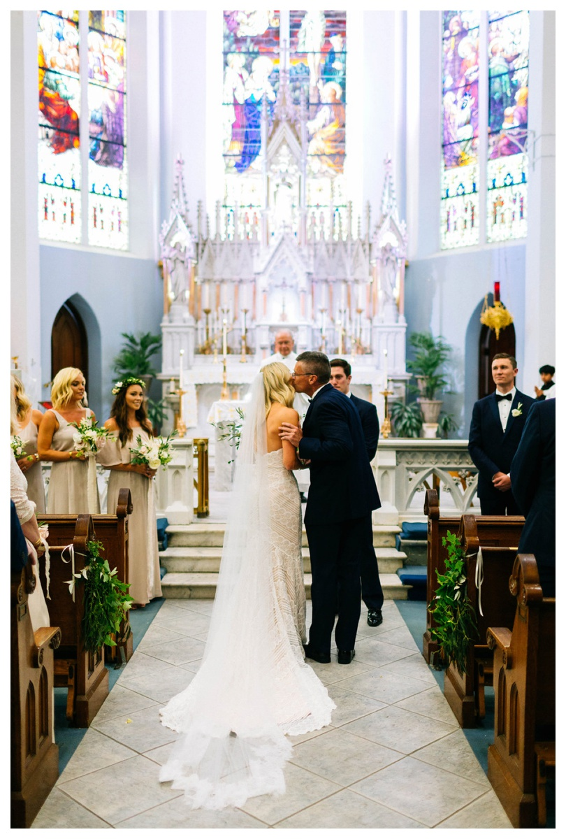 christinakarstphotography_immaculateconceptionwedding_larsen-148.jpg