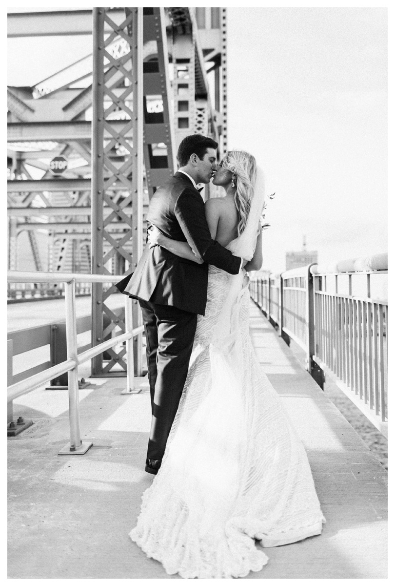 christinakarstphotography_immaculateconceptionwedding_larsen-331.jpg