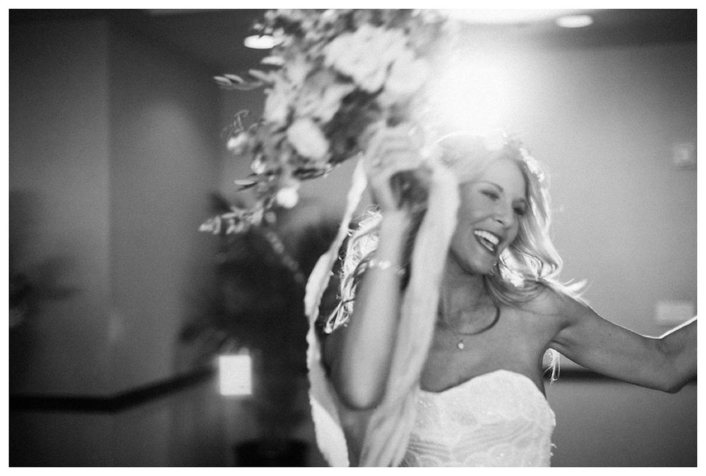 christinakarstphotography_immaculateconceptionwedding_larsen-374.jpg