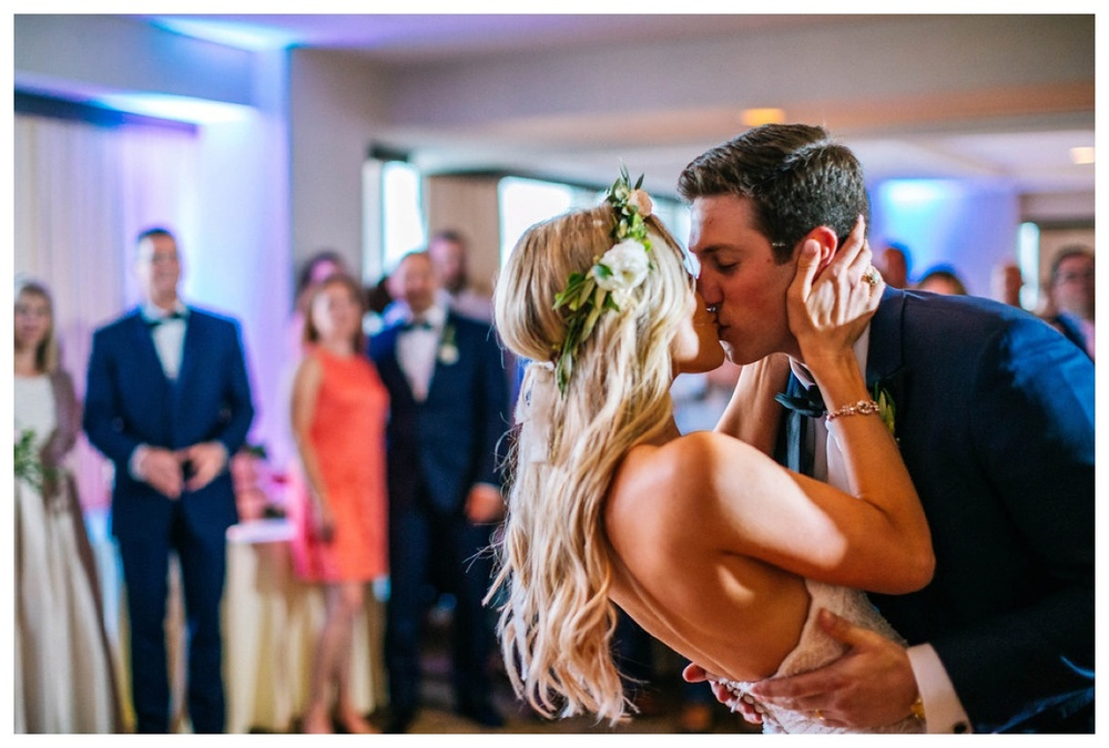 christinakarstphotography_immaculateconceptionwedding_larsen-398.jpg