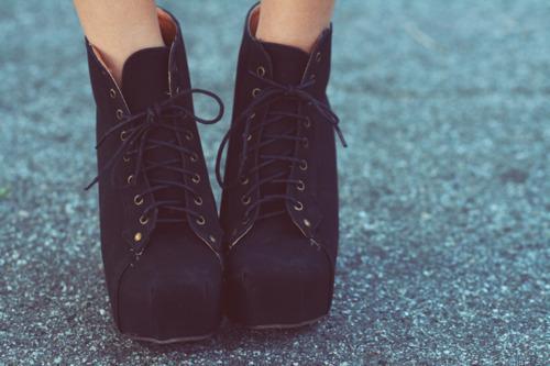 ancle-boots-aztece-black-boho-Favim.com-541022.jpg