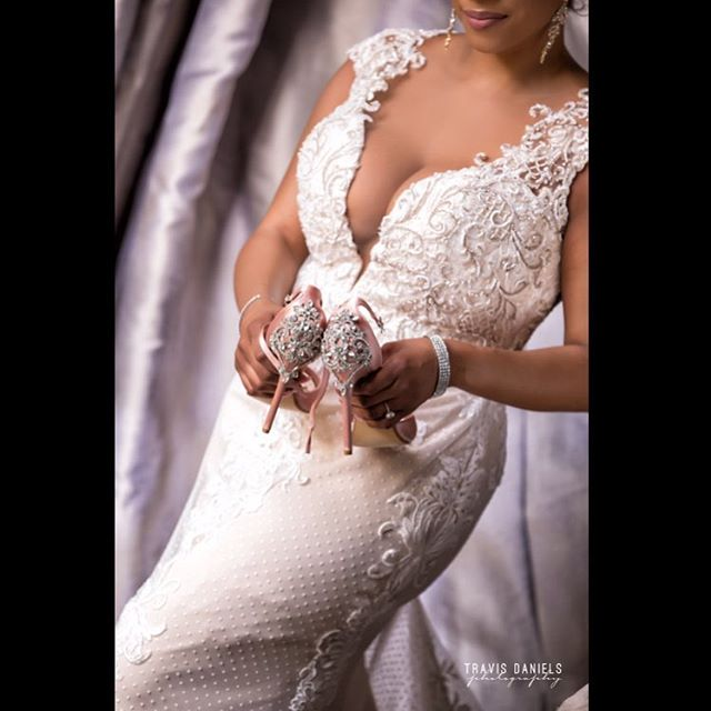 #details by @travisdanielsphotography #quality is 🔑 #bride #heels #wedding #weddingdress #weddingday #shesaidyes