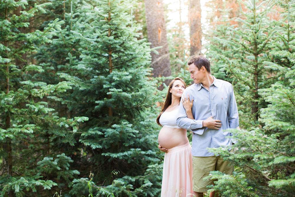 A Mountain Sunrise Maternity Session