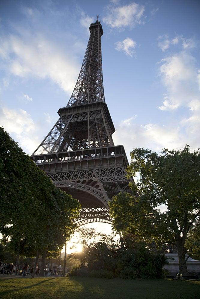 EiffelAtSunSet.jpg