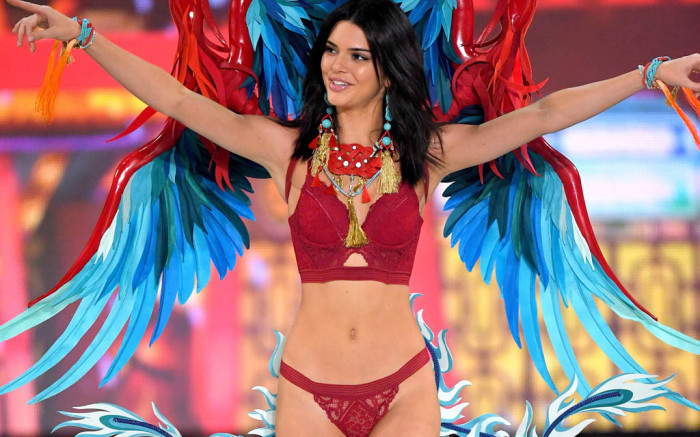 kendall-jenner-victoria-secret-fashion-show.jpg