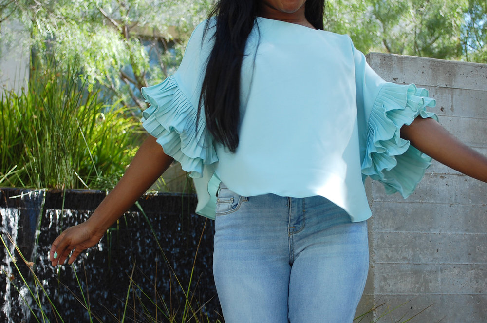 I mean really– is the flutter factor on this top not to die for?