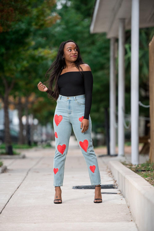 Leave 'em heartbroken when you walk by in these jeans