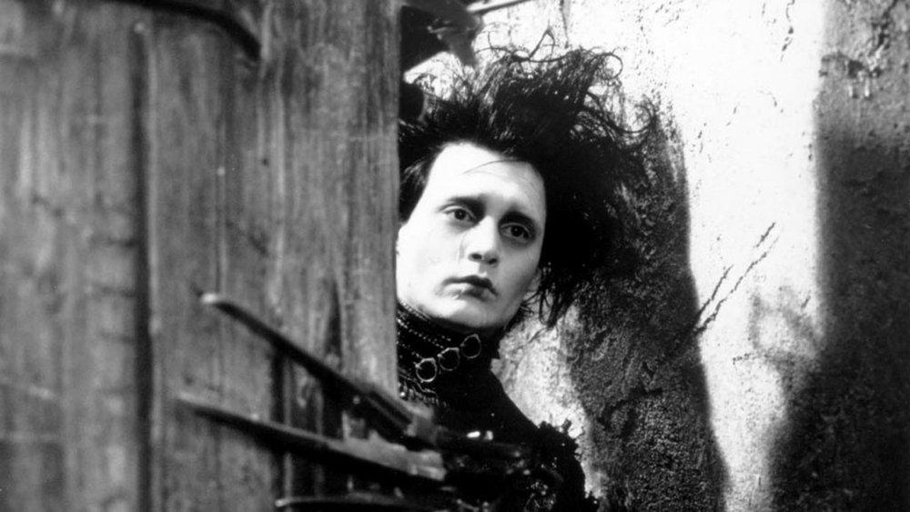 Edward-Scissorhands-Tim-Burton-German-Expressionism.jpg