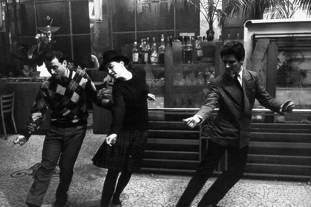 BAND OF OUTSIDERS (1964 / DCP) - Fri Jan 18th 7pm / Film Society Lincoln Center, New York CityThe divine and effortless cool of Jean-Luc Godard's New Wave treasure comes to NYC's Film Society this Friday night. Anna Karina is mesmerizing in the iconic role that features the famous Madison dance sequence. A film that has influenced way too many fashion shoots..More info HERE