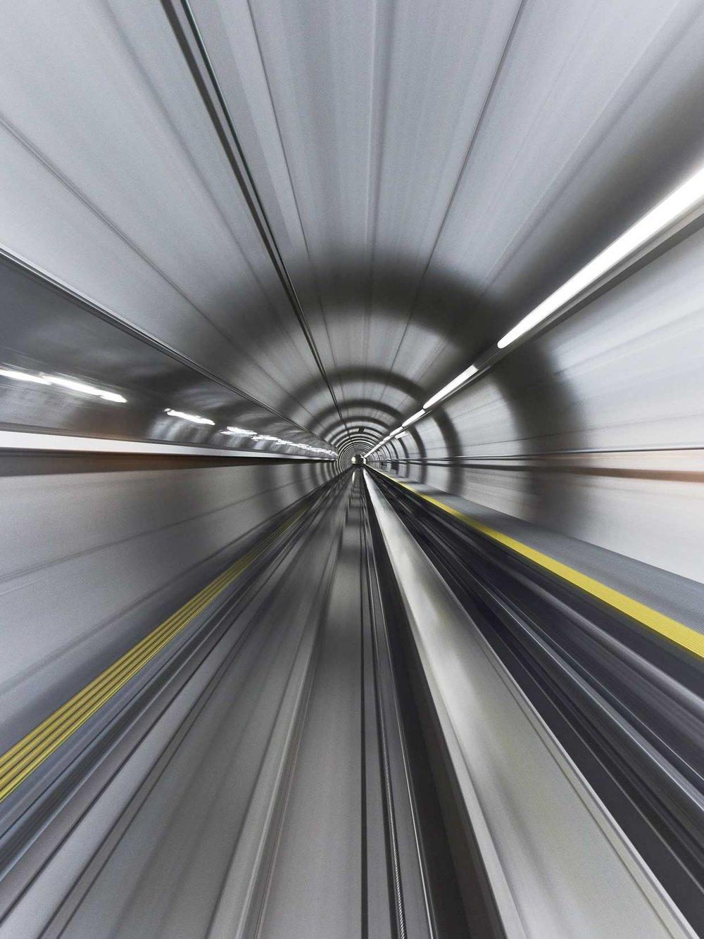 Tunnel_Flughafen_Speed_10-1.jpg