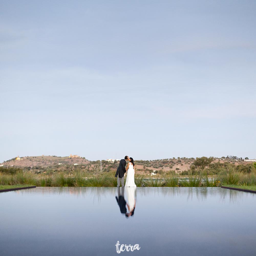 sessao-fotografica-trash-the-dress-land-vineyards-alentejo-terra-fotografia-0040.jpg