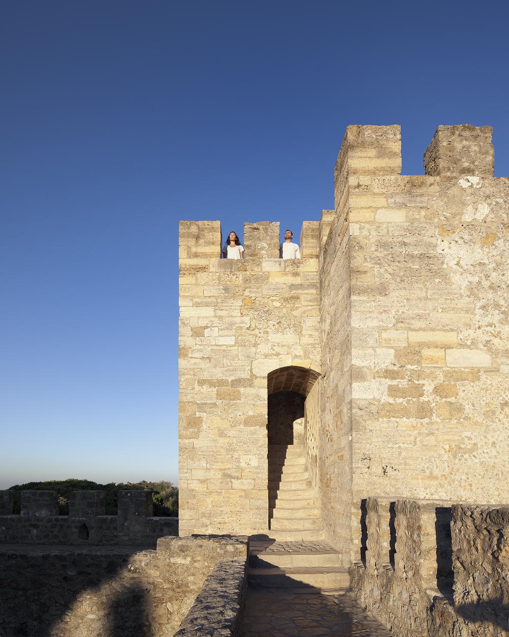 sessao-fotografica-pedido-casamento-flytographer-castelo-sao-jorge-lisboa-terra-fotografia-017.jpg