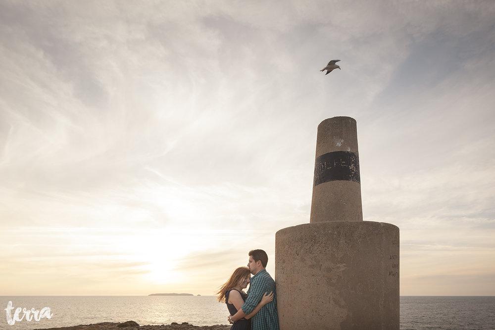 sessao-fotografica-casal-forte-luz-peniche-terra-fotografia-37.jpg