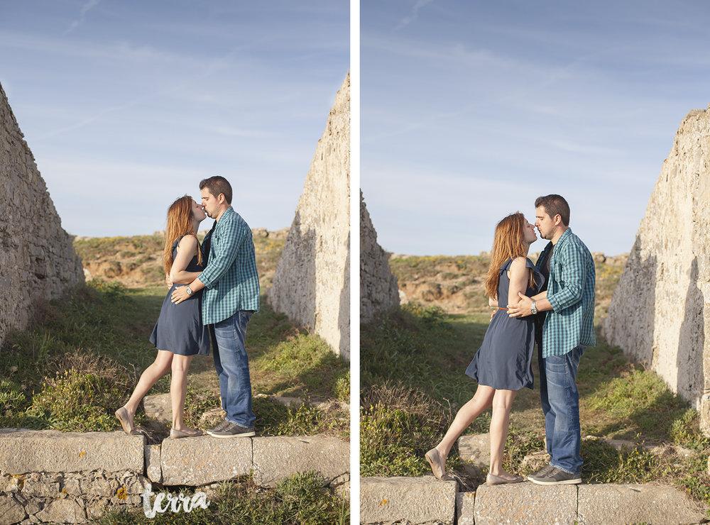 sessao-fotografica-casal-forte-luz-peniche-terra-fotografia-18.jpg