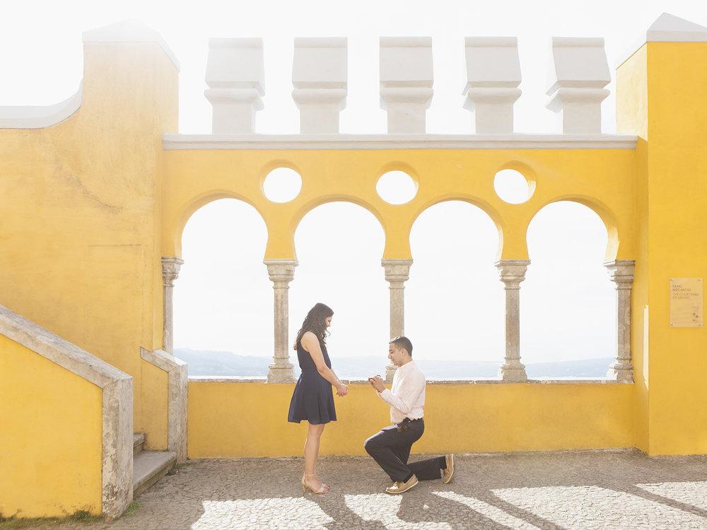 sessao-fotografica-pedido-casamento-palacio-pena-sintra-flytographer-terra-fotografia-01.jpg