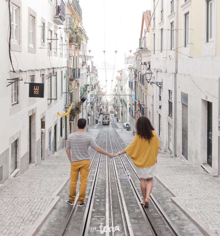 sessao-fotografica-casal-bairro-alto-lisboa-terra-fotografia-0028.jpg
