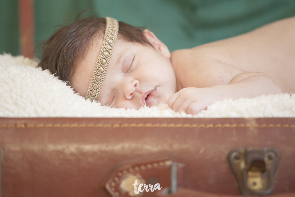 sessao-fotografica-recem-nascido-bebe-terra-fotografia-022.jpg